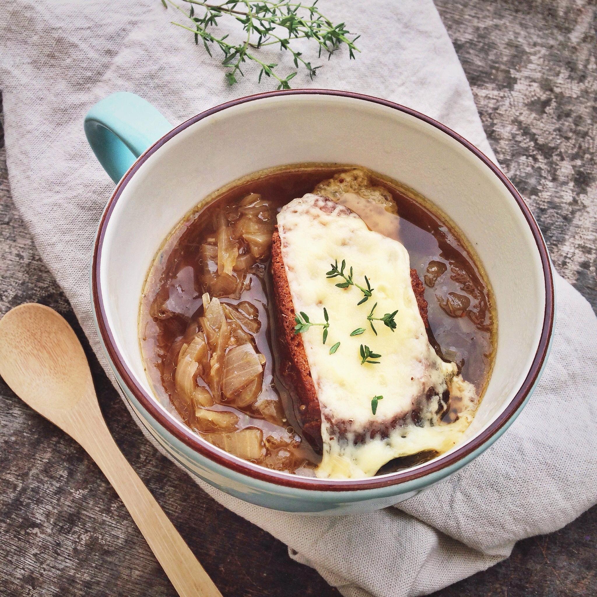 Franse uiensoep, by Cookingdom
