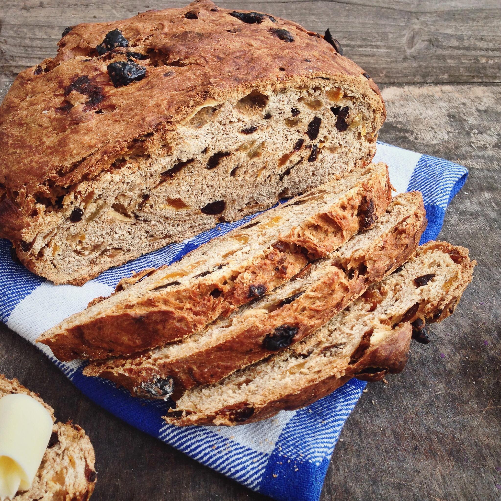 Vruchtenbrood met earl grey thee en tutti frutti, by Cookingdom