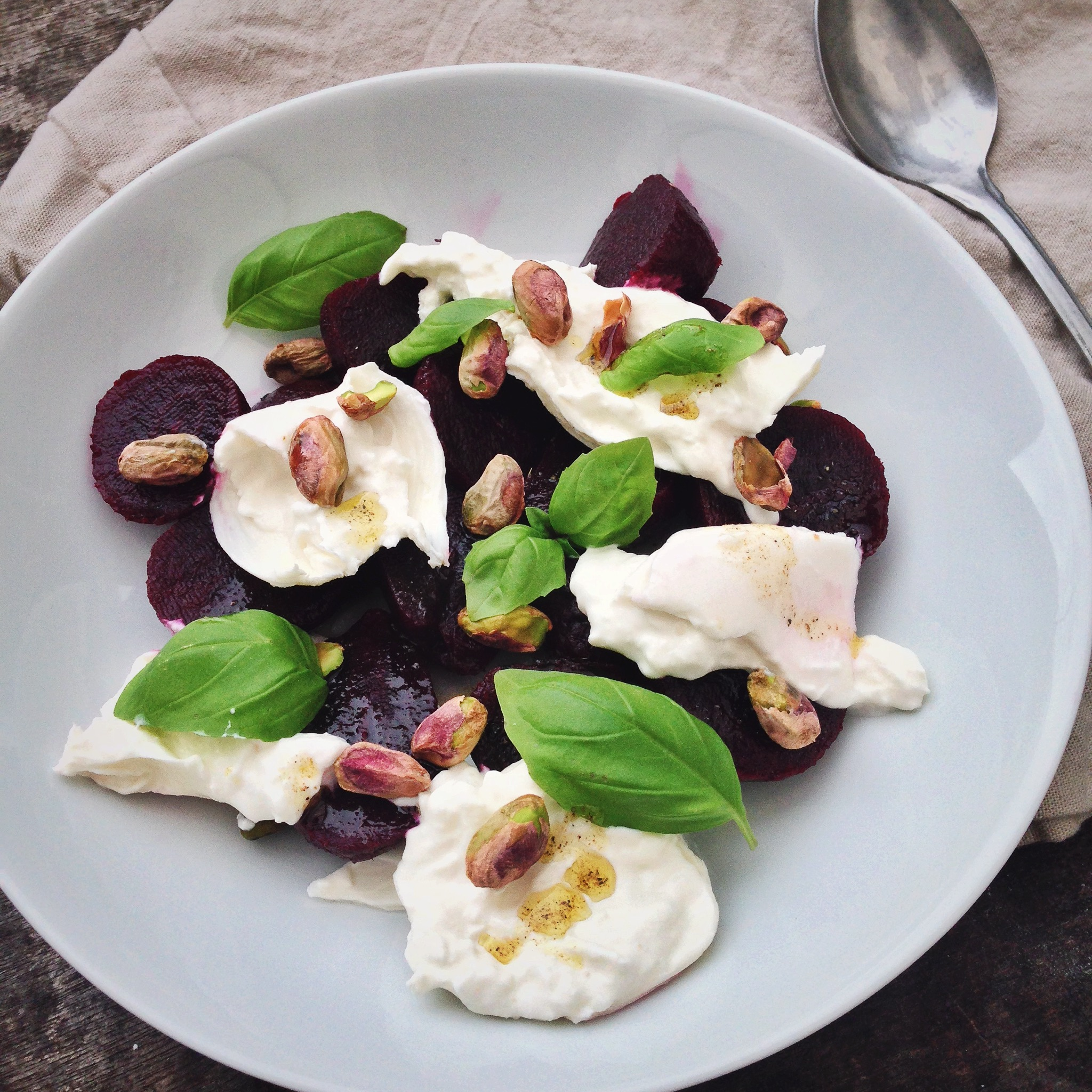 Bietjessalade met burrata, by Cookingdom