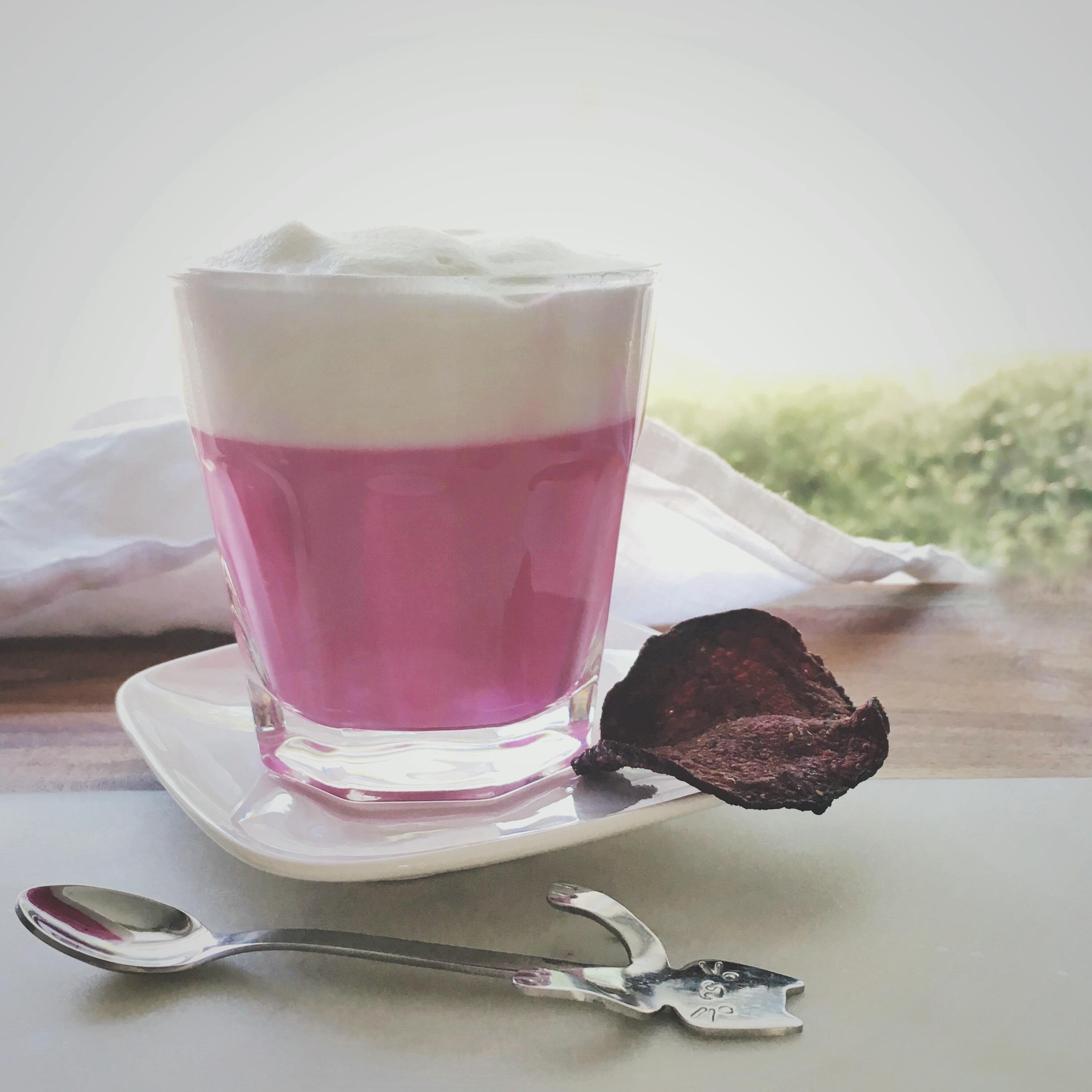 Roze latte oftewel een bietjes latte